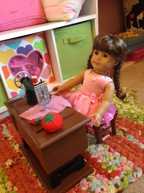 Amazing 18″ Doll Accessories from The Queen's Treasures and Giveaway!