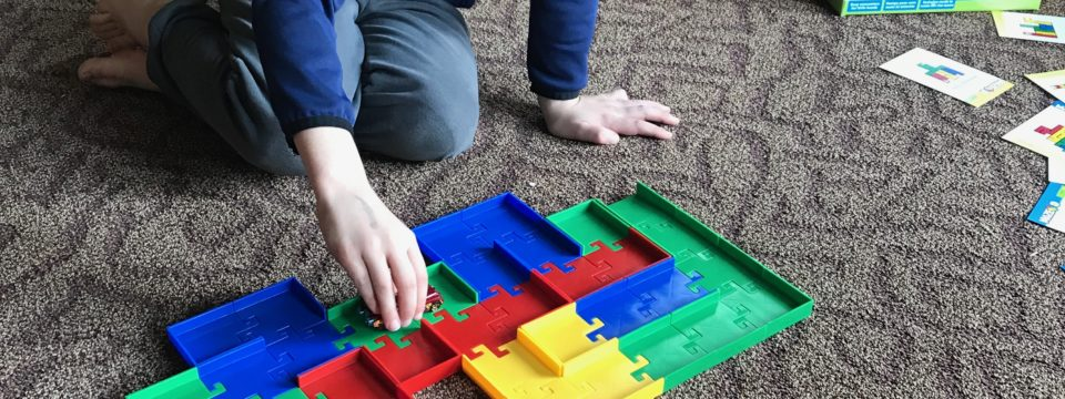 Maze-O Starter Set – Fantastic STEM Toy: Review and Giveaway!