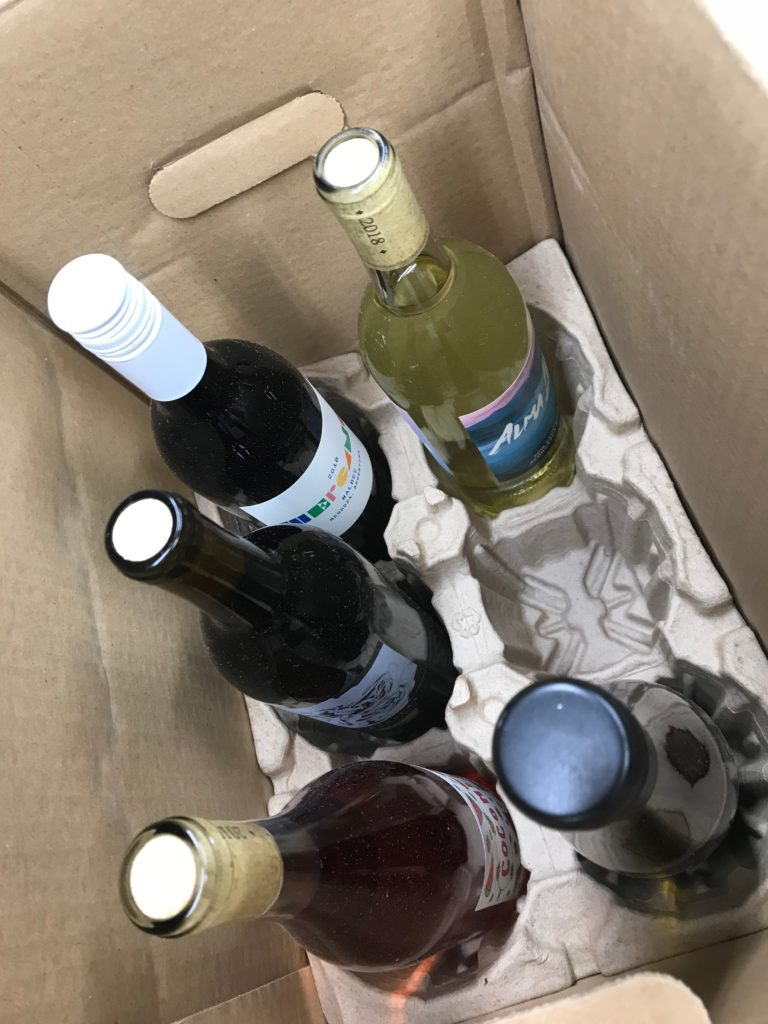 monthly wine service, wine delivery service