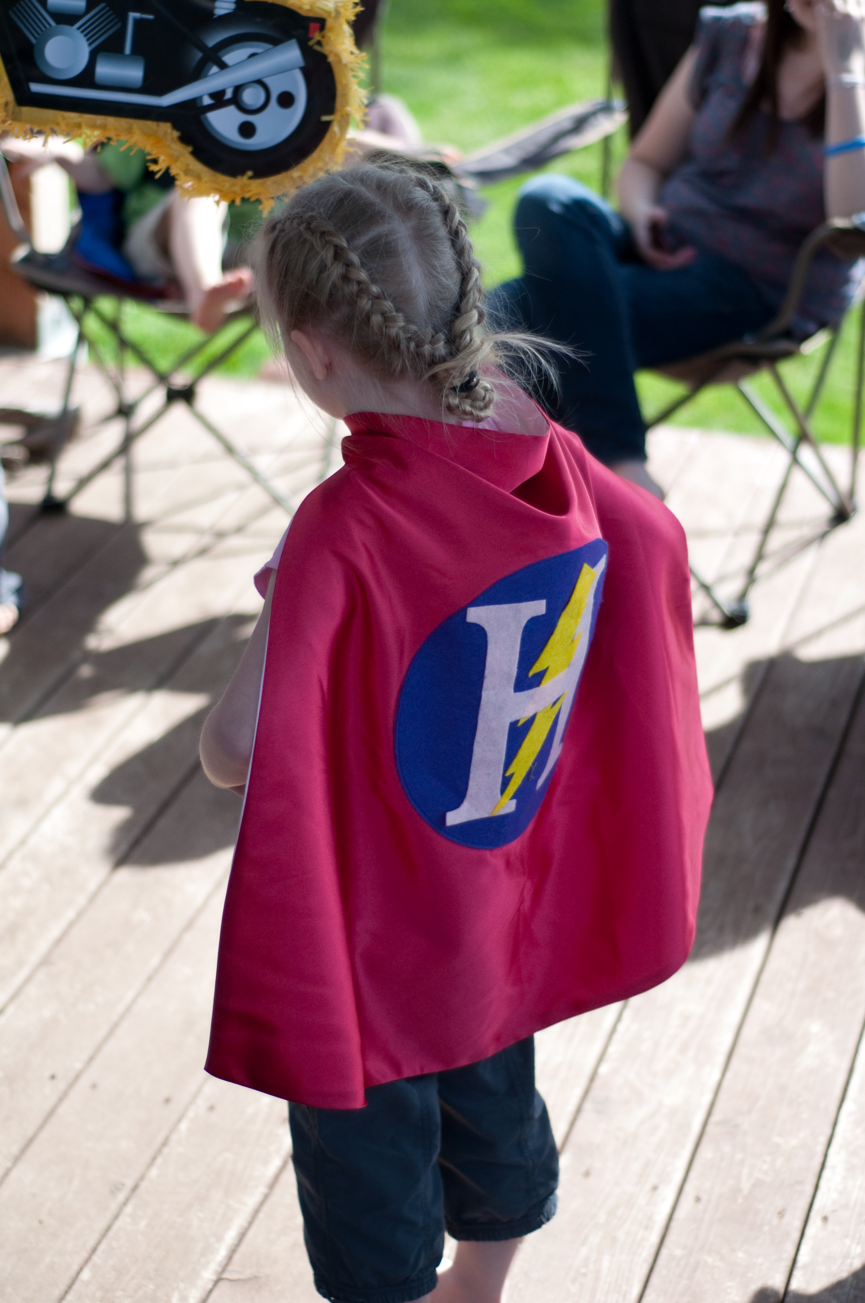 Pip and Bean Custom Super Hero Cape Review and Giveaway!